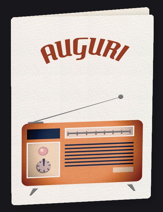Una vecchia radio trasmette-0